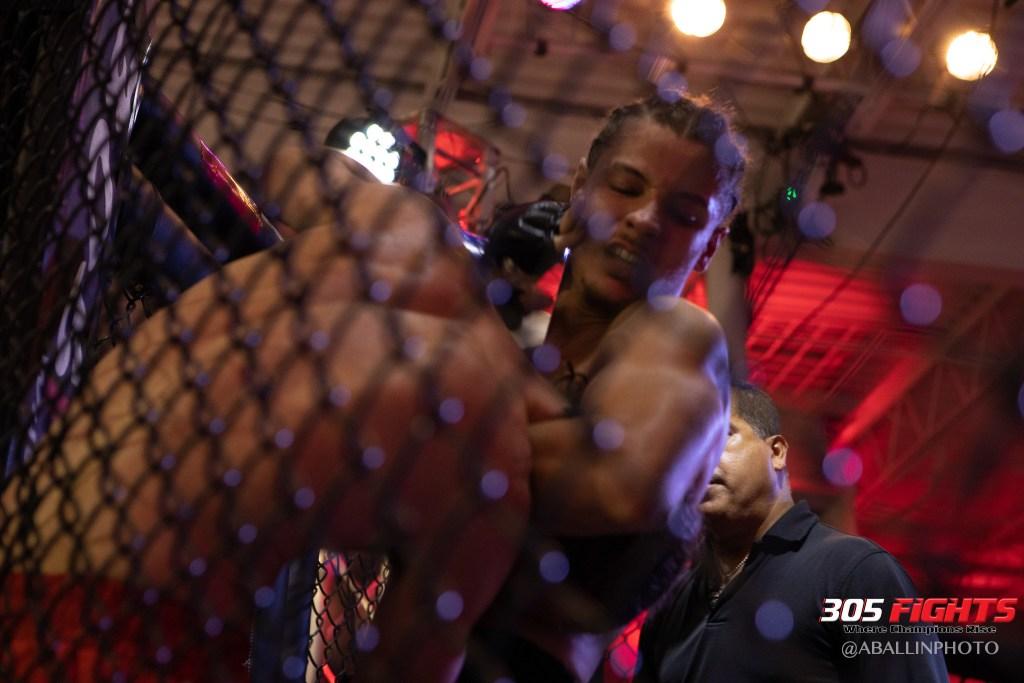 305 FIGHTS 9_26 WM-086