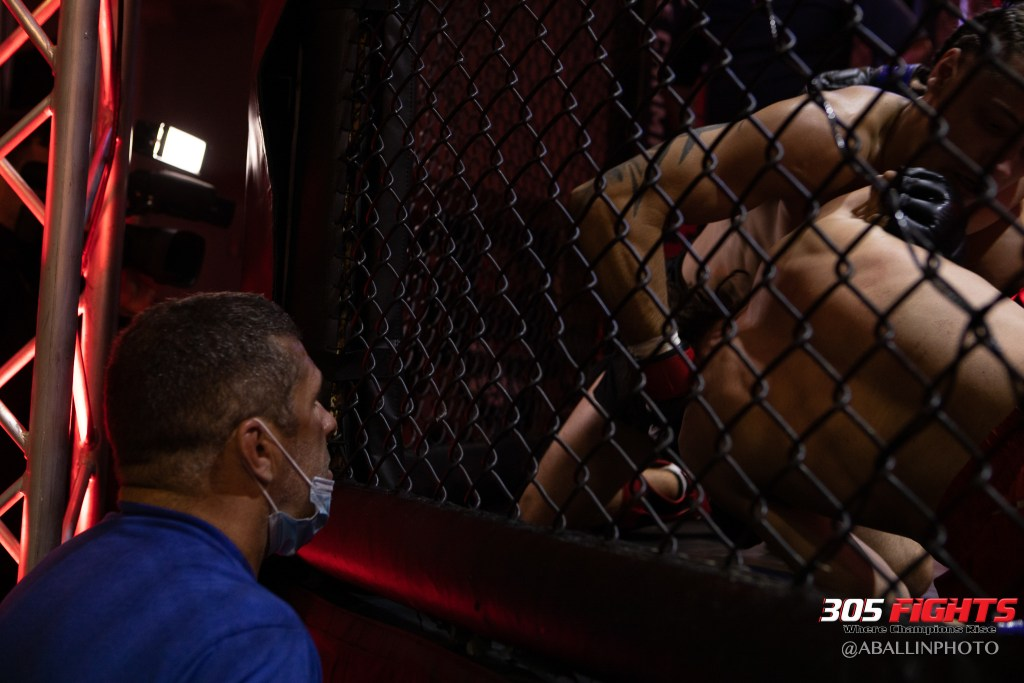 305 FIGHTS 9_26 WM-087