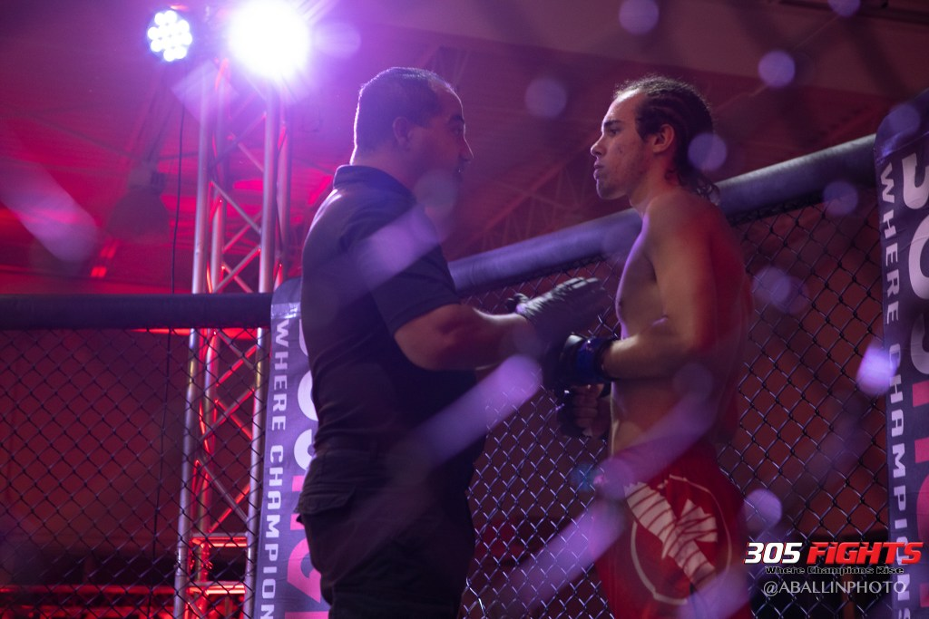 305 FIGHTS 9_26 WM-089