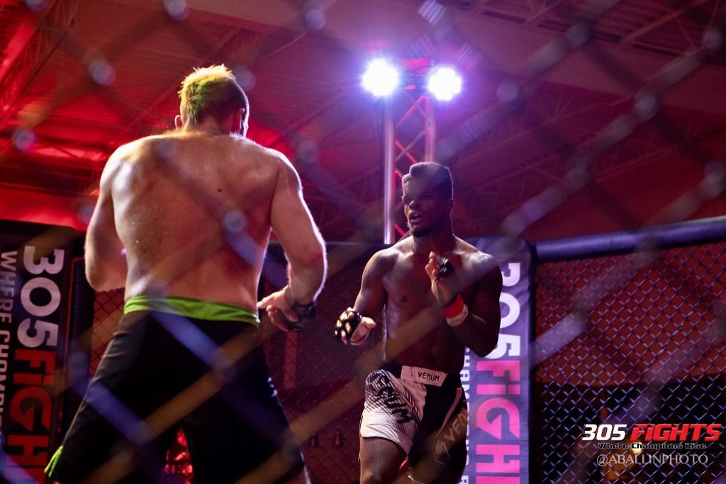 305 FIGHTS 9_26 WM-101