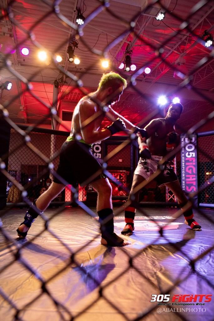 305 FIGHTS 9_26 WM-102