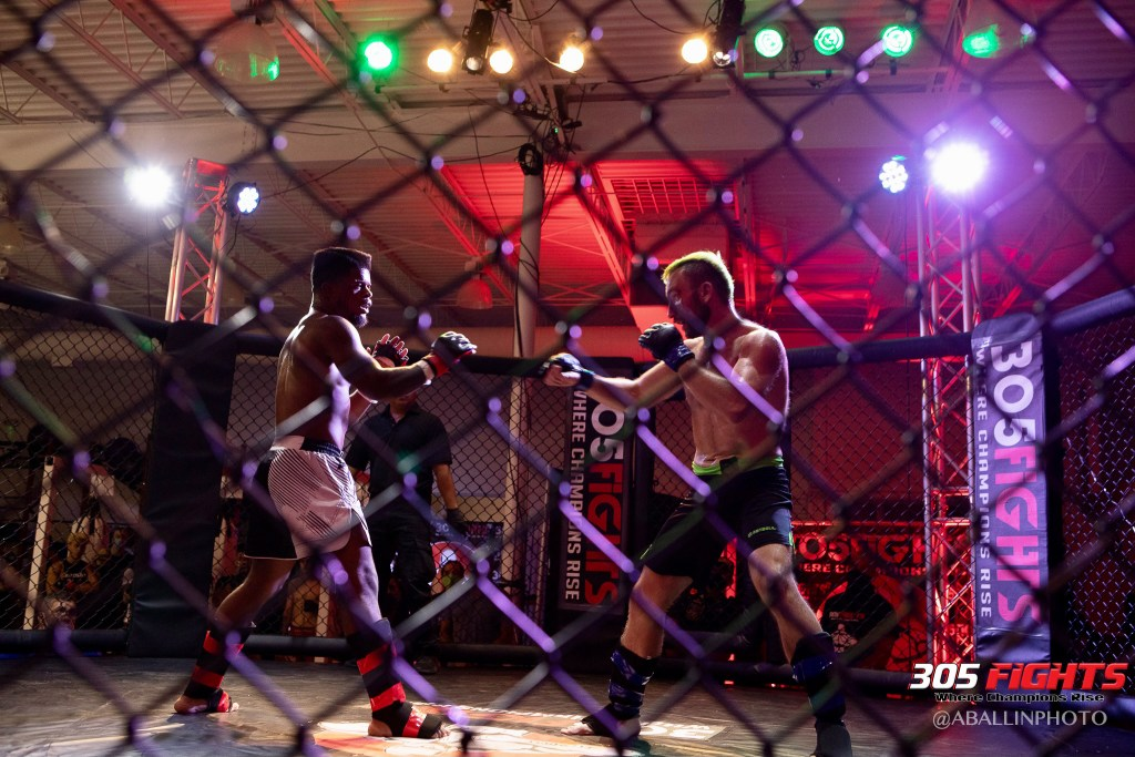 305 FIGHTS 9_26 WM-106