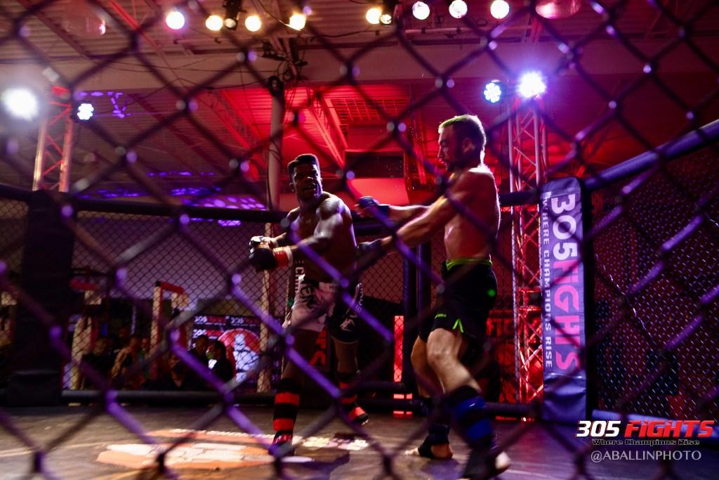 305 FIGHTS 9_26 WM-111