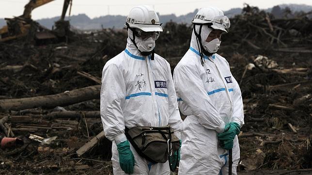Un fuerte terremoto sacude la provincia de Fukushima un mes después del tsunami