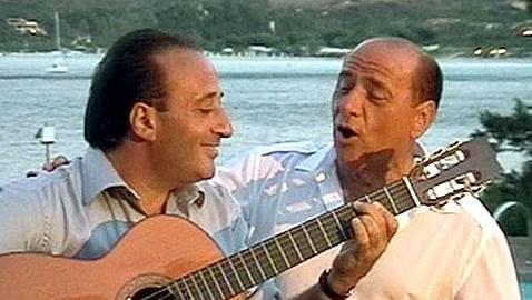 La crisis obliga a Silvio Berlusconi a retrasar su próximo disco