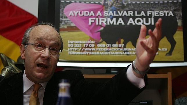 Un catedrático afirma que Zapatero pudo frenar la prohibición de los toros