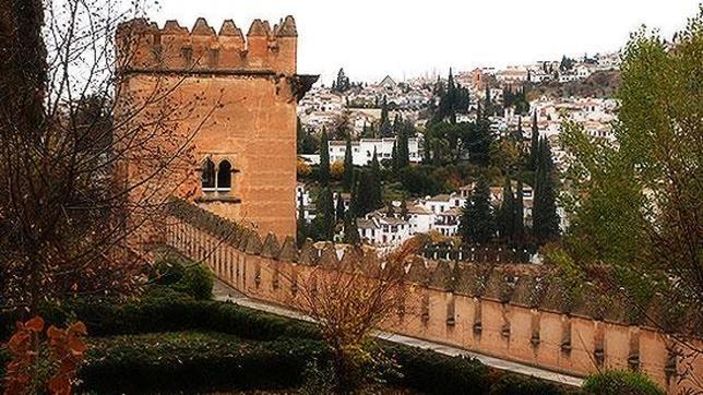 La Alhambra de Granada abre excepcionalmente en abril la Torre de los Picos  ABCes
