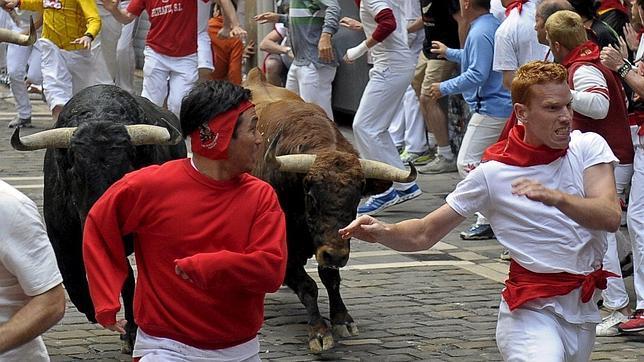 Los ganaderos expresan a TVE su malestar «por la deficiente información taurina» en los encierros