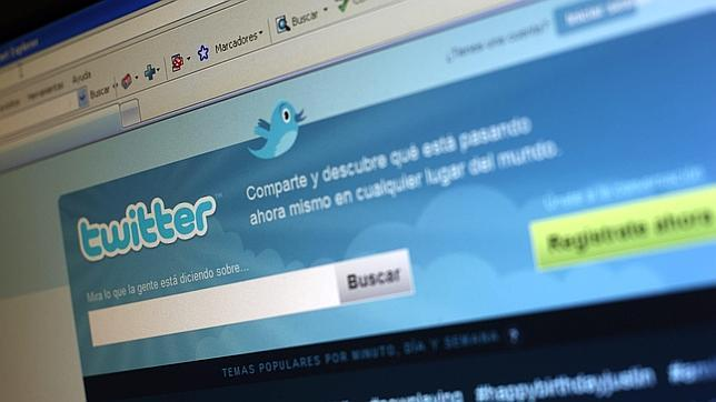 Twitter renueva su página web para móviles tradicionales