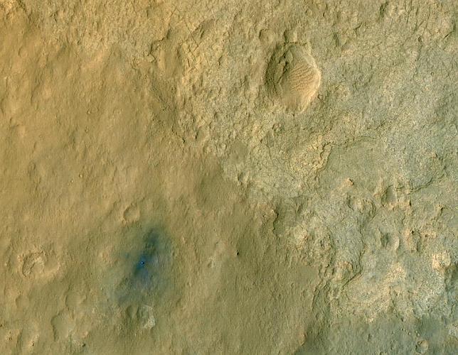 Primera imagen en color del Curiosity desde la órbita de Marte