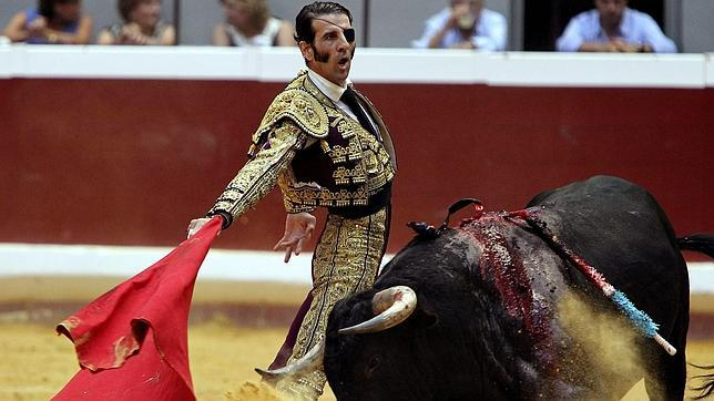 Padilla y Torrestrella triunfan en San Sebastián