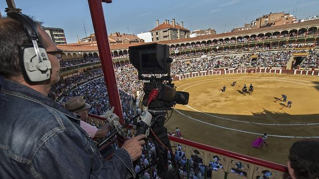 El Juli y Talavante, a hombros en la vuelta de los toros a TVE