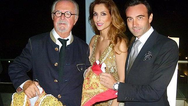 Ponce regala a Botero un vestido de torear