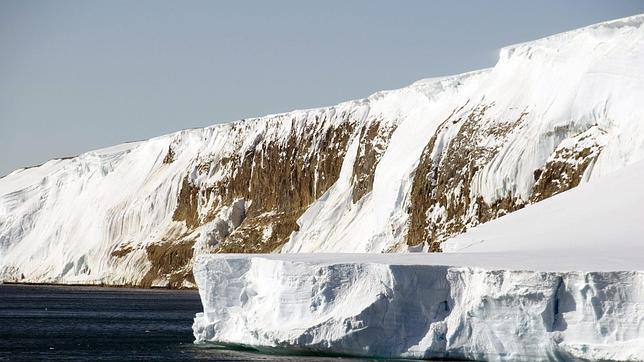 Un globo de la NASA bate el récord al volar durante 46 días sobre el Polo Sur