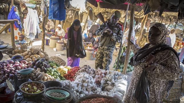 Detenidos dos jóvenes con cinturones explosivos en un control en Gao, Malí