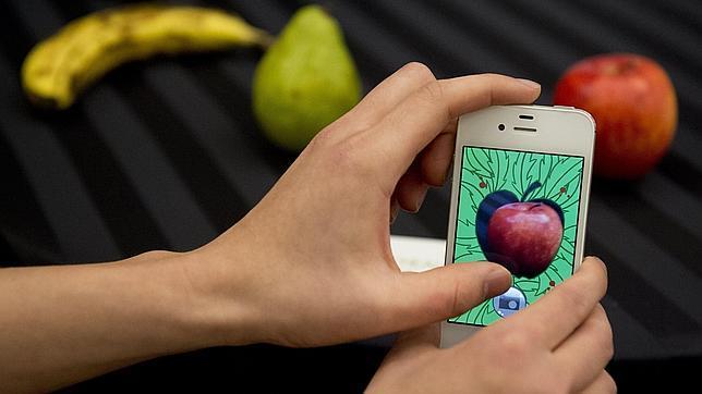 Apple quiere que el iPhone sea como los gatos y siempre caiga de pie