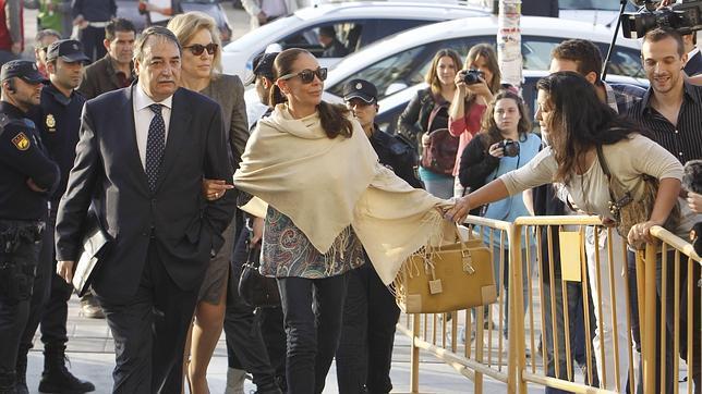 Las posibles formas con las que Isabel Pantoja podría pagar su deuda con la justicia