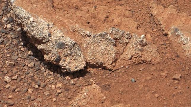 El Curiosity descubre el cauce de un antiguo río en Marte
