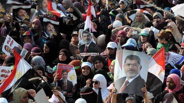 Egipto se hunde en el caos a los cinco días del golpe