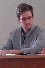 El abogado de Snowden niega que tenga ya los papeles necesarios para entrar en Rusia