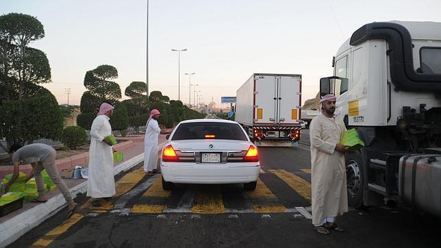 HRW denuncia la «dura» condena impuesta contra un bloguero saudí