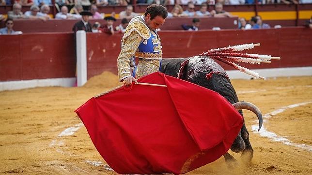 Faenicas maestras sin espada en Murcia