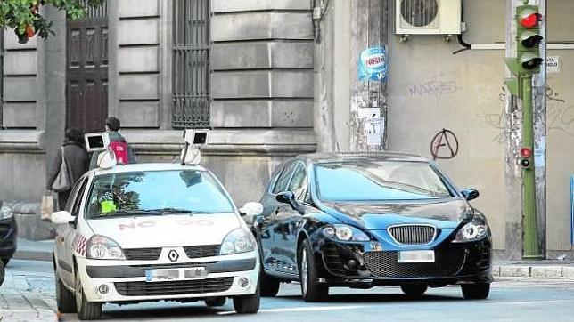 La Policía Local de Córdoba ya tiene su propio coche patrulla «ponemultas»