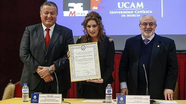 Estrella Morente inaugura las clases de Escuela Arte Flamenco en La Unión