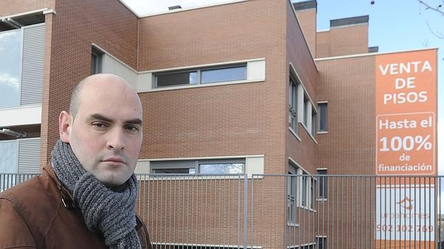 La Sareb vende a un fondo buitre 300 pisos reservados por particulares