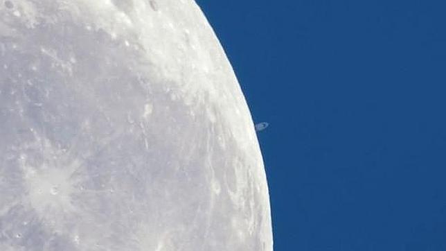 El baile de la Luna y Saturno y otros inminentes fenómenos astronómicos