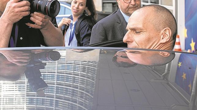 Grecia afirma que el acuerdo es «imposible» y culpa a la UE