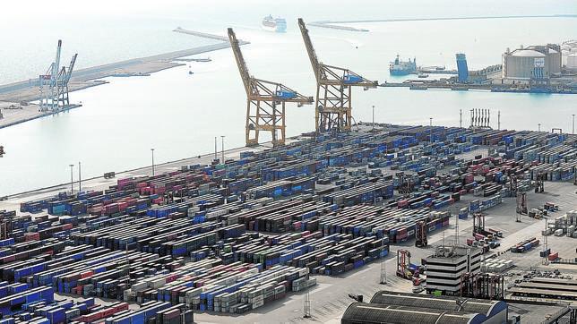Las exportaciones registran la mayor subida en un primer trimestre desde 1971