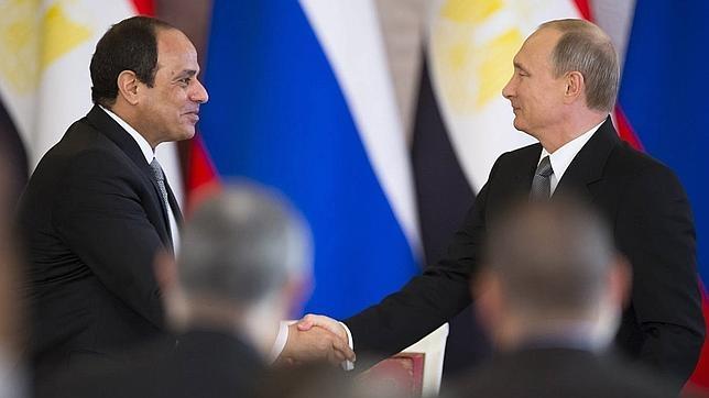 Rusia y Egipto, a favor de crear un frente antiterrorista que incluya a Siria
