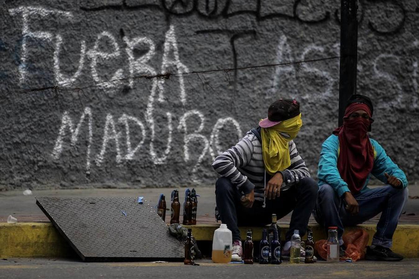 https://i0.wp.com/www.abc.es/media/MM/2017/07/26/huelga-general-venezuela-kDyE--1350x900@abc.jpg