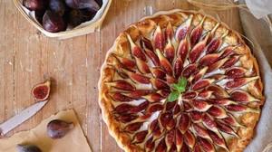 Tarta de higos con mascarpone 7 2 700x940 kl2C  300x168@abc - Hummus de remolacha: la original receta del Chef Bosquet para un picoteo sano - bienestar