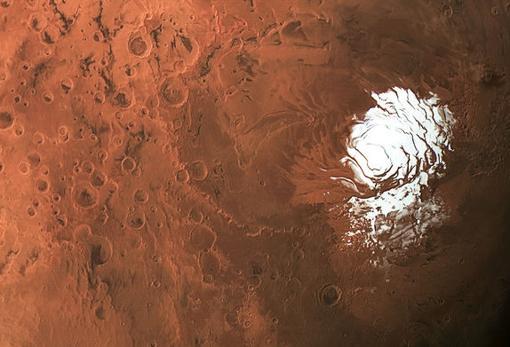 El lago se esconde bajo una capa de hielo en el polo sur de Marte