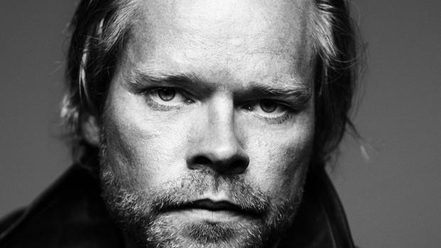 Stig Sæterbakken, autor de «A través de la noche»