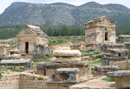 El entorno del Plutoium de Hierápolis