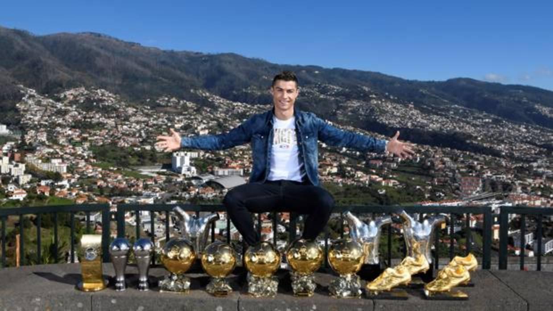 Cristiano presume de trofeos