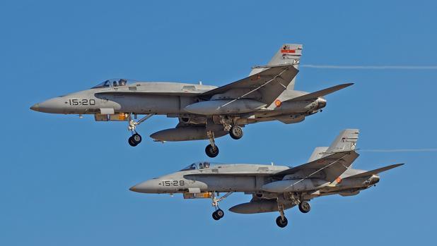 Cazas F-18 del Ala 15, con base en Zaragoza, designado para desplegar en Ämari (Estonia) de mayo a agosto - EA