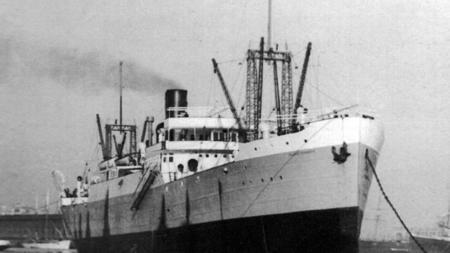 El buque 'Isla de Tenerife' fue desmantelado en Bilbao en 1964