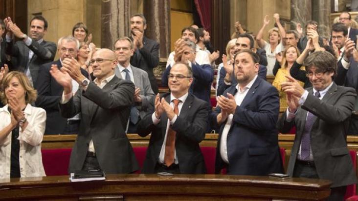 ¿Cuándo prevé el Parlamento de Cataluña declarar la independencia unilateral?