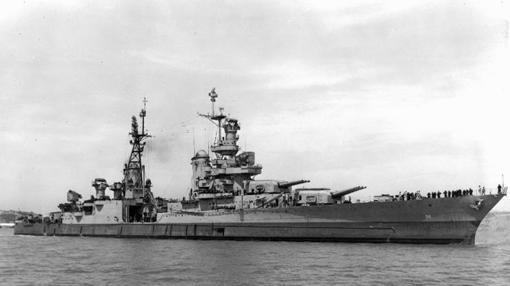 El «USS Indianápolis», durante una de sus travesías