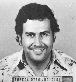 Pablo Escobar detenido en 1977