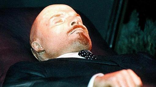 Lenin, en el Mausoleo de la Plaza Roja, en una imagen de 1997