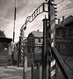 Puerta de entrada de Auschwitz I
