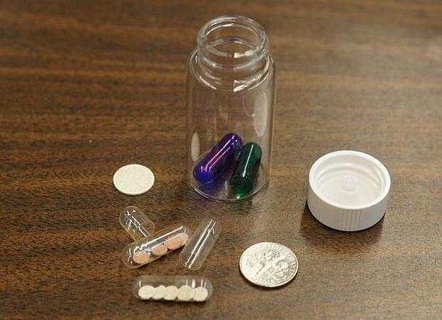 Las cápsulas contienen parches mucoadhesivos