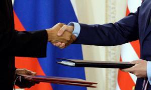 Obama y Medvédev firman el Nuevo START para el desarme nuclear