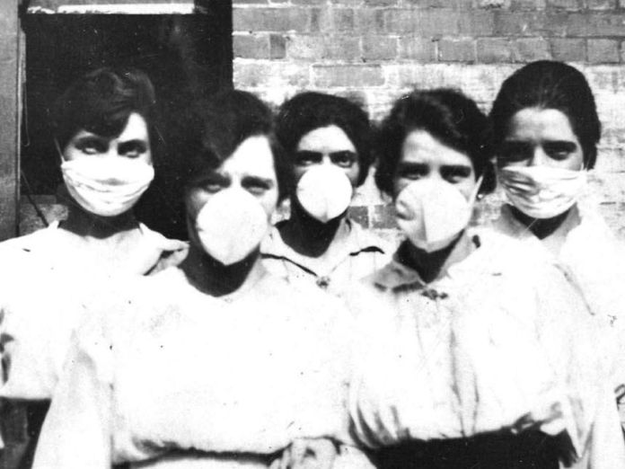 A group of nurses wore face masks during the 1919 Spanish Flu outbreak.