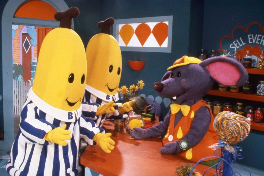 Bananas In Pyjamas Creator And Original Stars Reflect On 25 Years Of Chasing Teddies Abc News